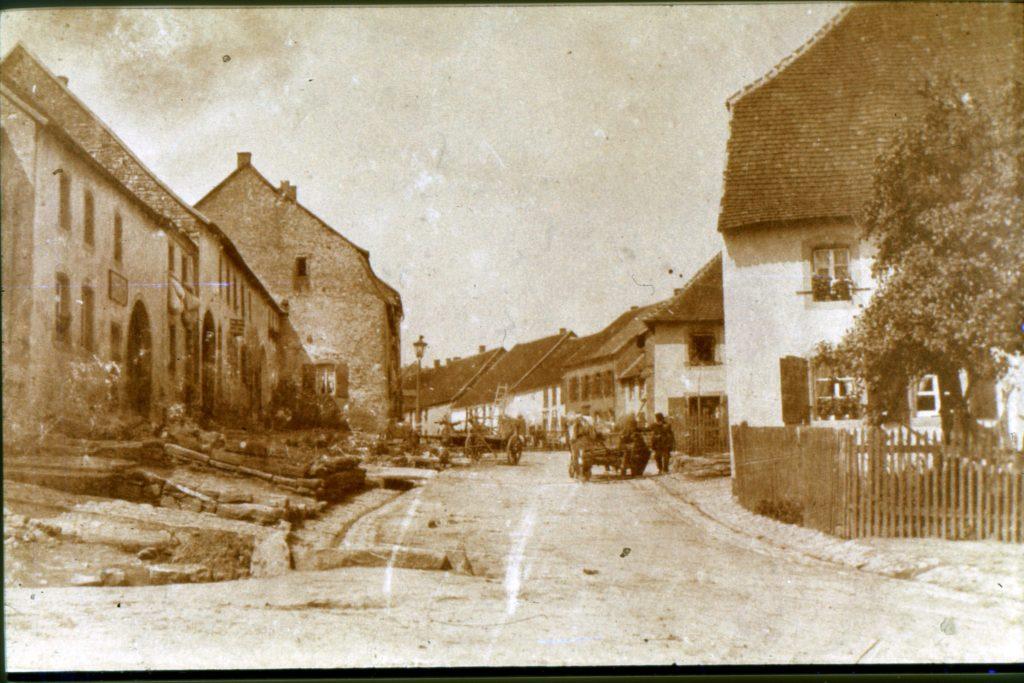 Hauptstraße um 1890
